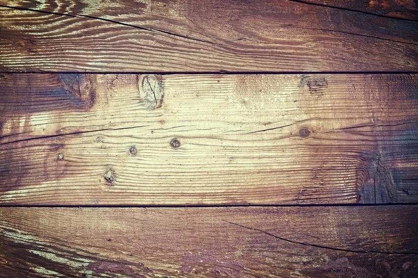 Astuce rapide comment retirer une tache de vernis ongle sur du parquet - Comment nettoyer un parquet ancien ...