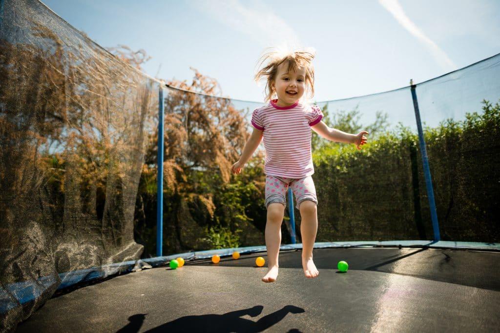 Comment nettoyer un trampoline d ext rieur - Trampoline d exterieur ...
